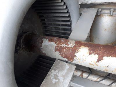 rusted fan shaft
