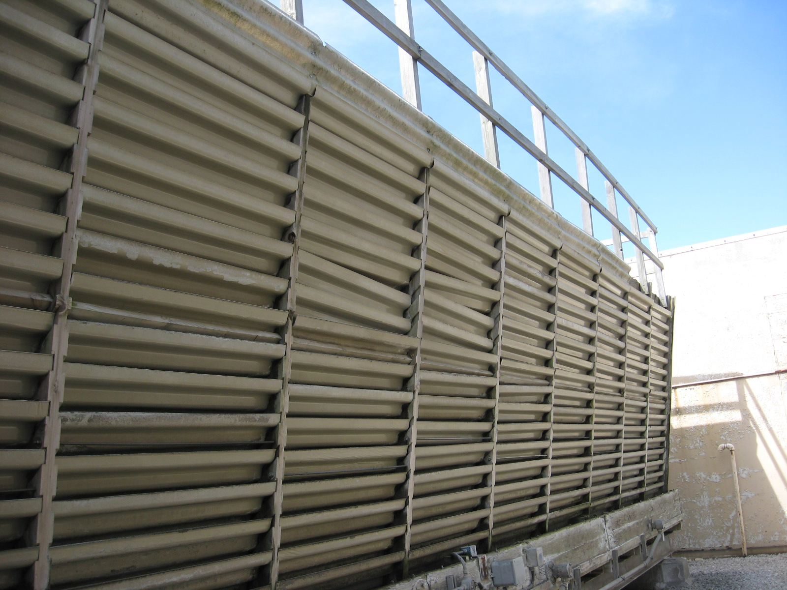 Cossflow tower metal louvers before replacement